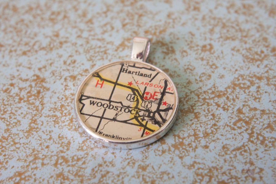 woodstock illinois resin map necklace