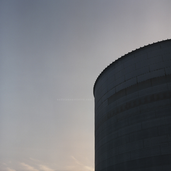 grain silo in northern illinois at sunset missing warmth